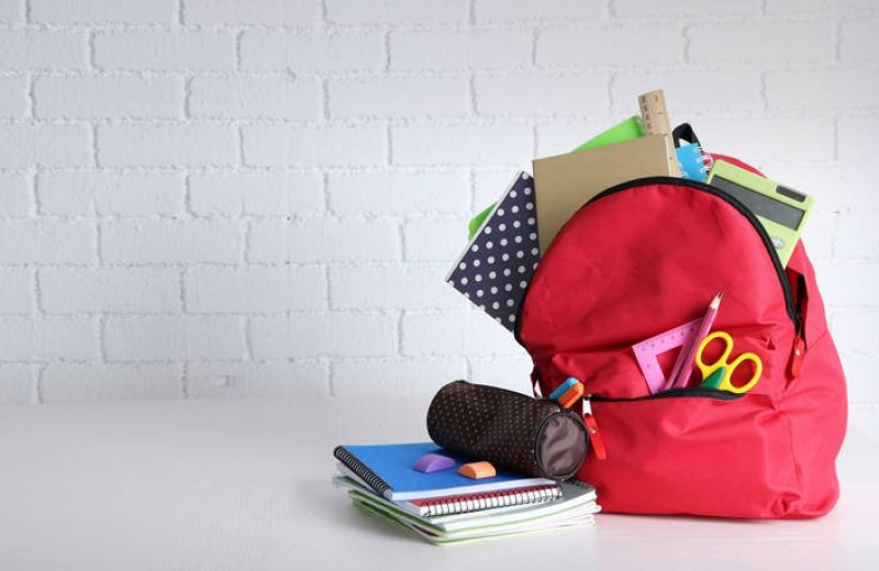 Όσα πρέπει να γνωρίζουν οι γονείς για τη σχολική τσάντα